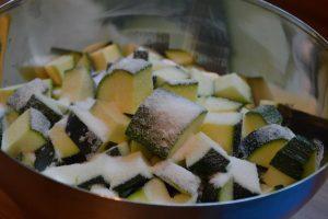 Zucchini_Salz